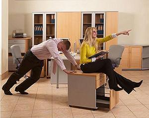 Перестановка мебели в офисе